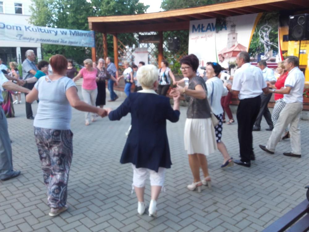 Tanecznie_pod_chmurka_27